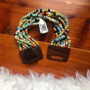 Jewelry - 🆕 Beaded Stretch Bracelet w/ wooden clasp